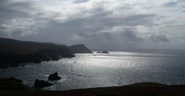 De Ierse noord-westkust, met zicht op de Atlantische Oceaan